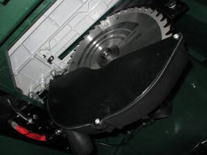 Tischkreissäge Motor und Sägeblatt